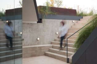 architecture-edgeland-house-10-768x512