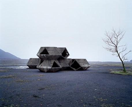 david-de-beyer-concrete-mirrors-9