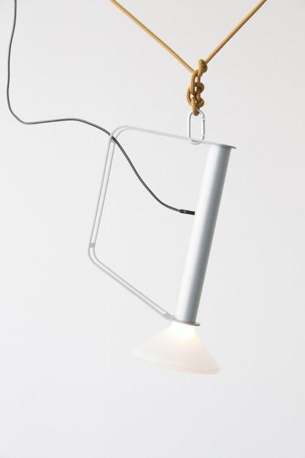tom-chung-piton-lamp-01