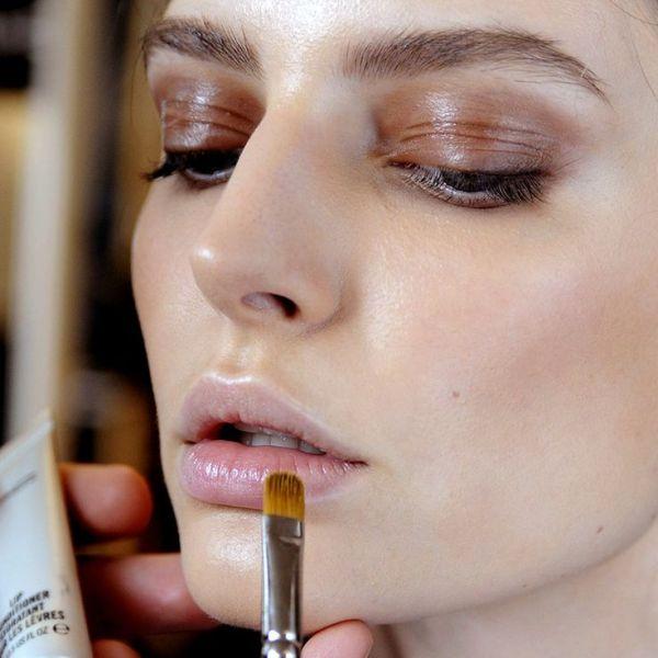 ClioMakeUp-pro-contro-prodotti-makeup-crema-ombretto-pieghe