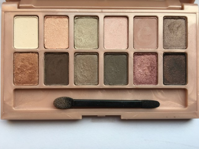 ClioMakeUp-recensione-maybelline-the-blushed-nudes-palette-macro