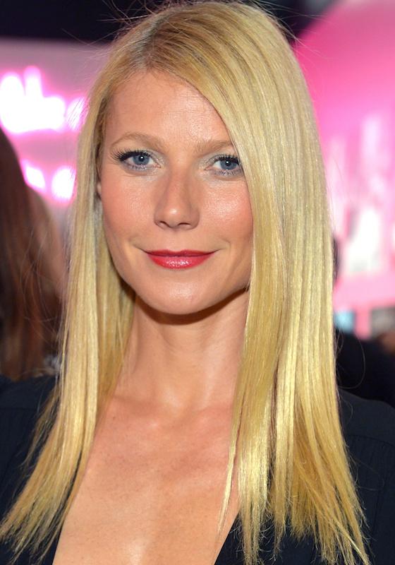 ClioMakeUp-trucco-bionda-occhi-azzurri-capell-rossetto-colore-migliore-gwyneth-paltrow-ghiccio-cosmopolitan