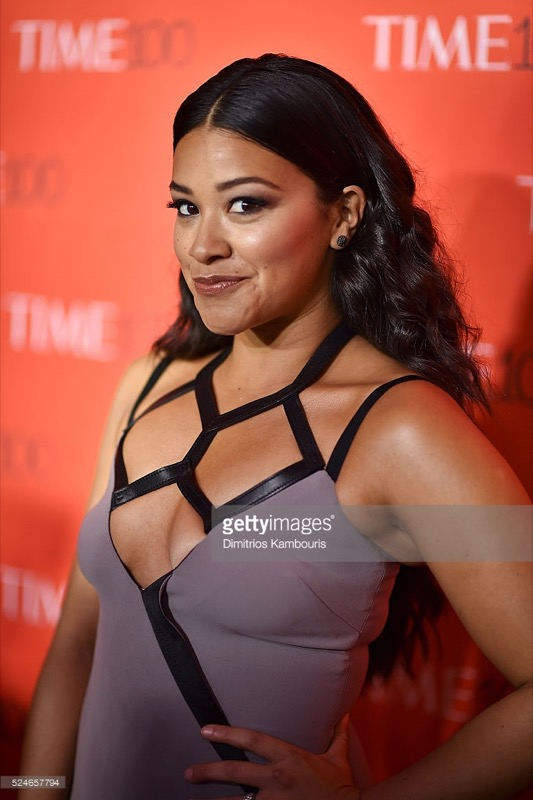 ClioMakeUp-donne-influenti-mondo-time-100-red-carpet-beauty-look-Gina Rodriguez-4