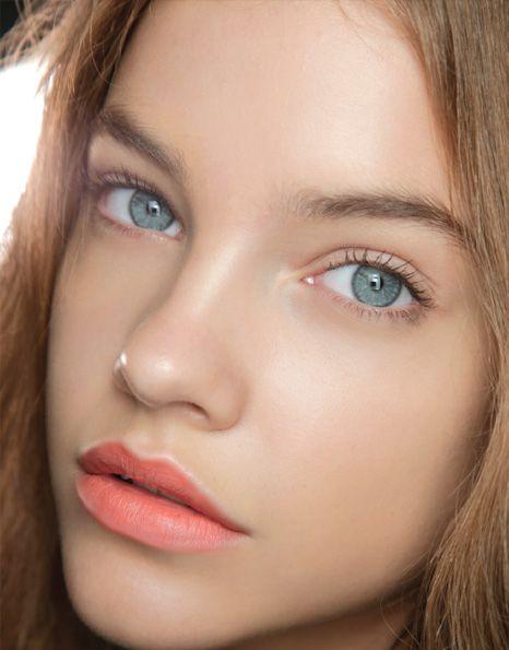 cliomakeup-mascara-marrone-14-look-naturale