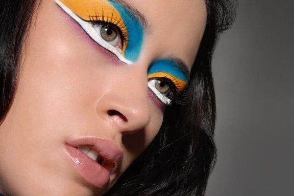 ClioMakeUp-beauty-addict-2-trucco-colorato