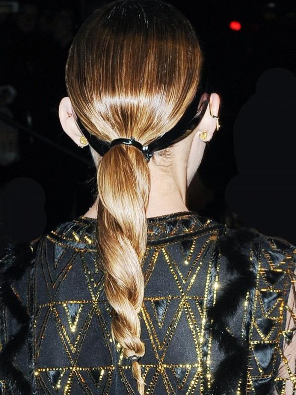cliomakeup-acconciature-primavera-semplici-capelli-medi-lunghi-trecce-4