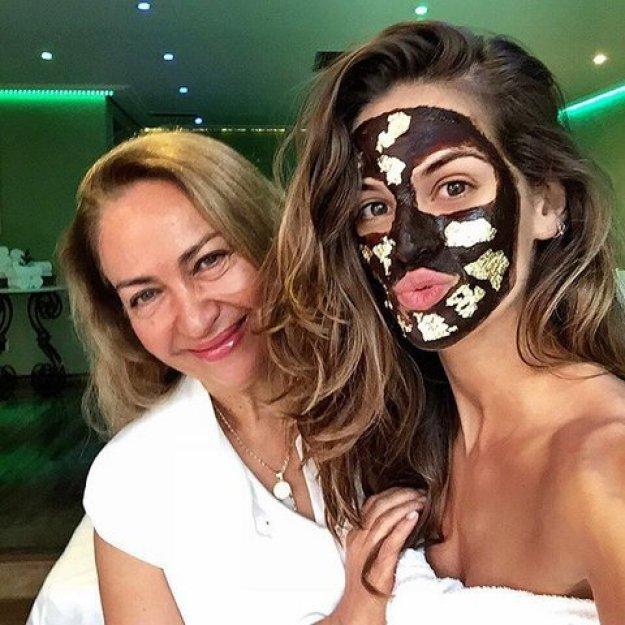 cliomakeup-black-mask-Izabel-goulart-maschera-nera-cover