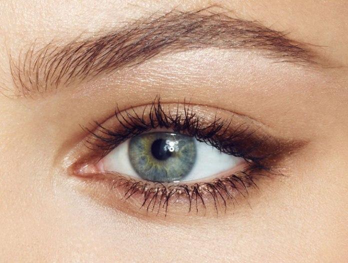 cliomakeup-pelle-luminosa-zone-viso-illuminante-arco-sopracciglio-occhio