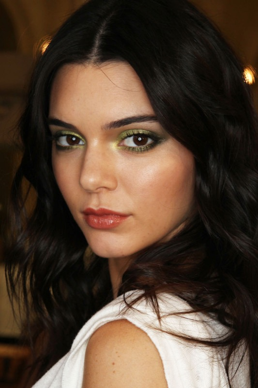 ClioMakeUp-trucco-castana-occhi-castani-look-star-make-up-41
