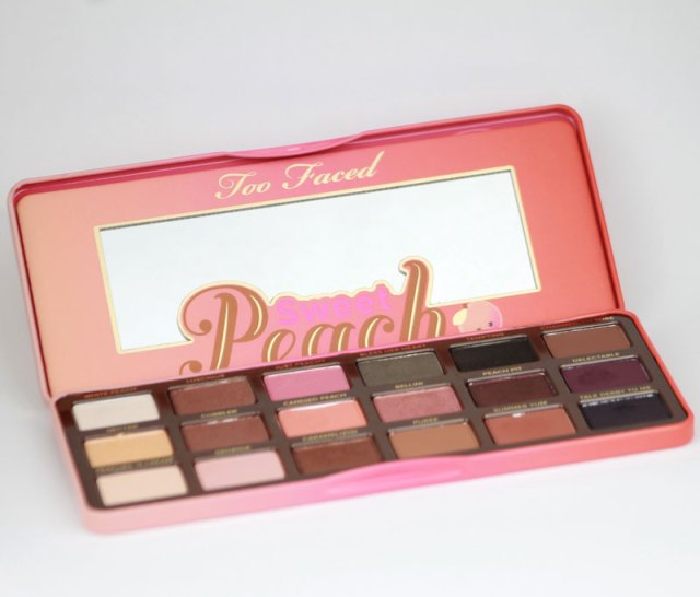 cliomakeup-mini-recensione-sweet-peach-palette-too-faced-3