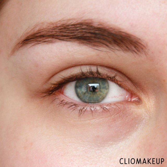 cliomakeup-recensione-touch-of-glow-concealer-physicians-formula-5
