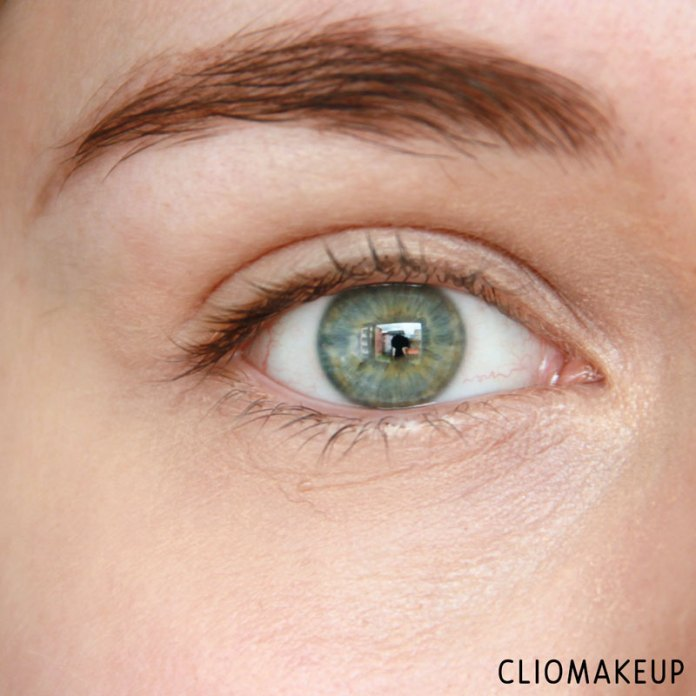 cliomakeup-recensione-touch-of-glow-concealer-physicians-formula-9