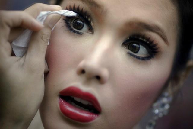 ClioMakeUp-Makeup-nel-mondo-thailandia (5)