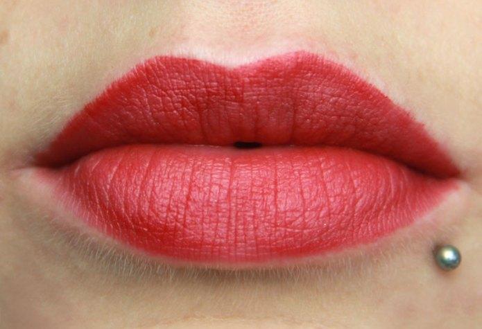 cliomakeup-recensione-eyes-and-lips-palette-deborah-milano-33
