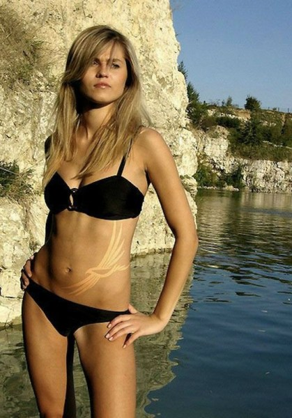 ClioMakeUp-segni-abbronzatura-costume-estate-corpo-sexy-grande
