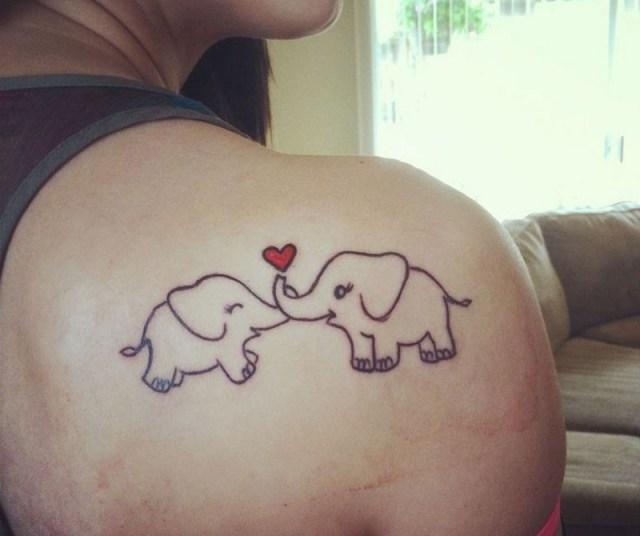 ClioMakeUp-tattoo-fare-con-mamma-per-sempre-abbraccio-elefantini-cuore