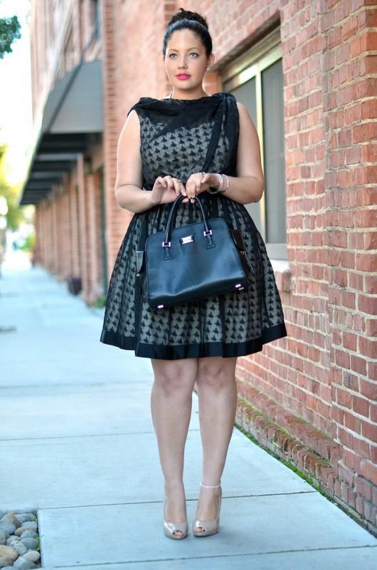ClioMakeUp-primo-appuntamento-come-vestirsi-abito-romantico-nero-formale