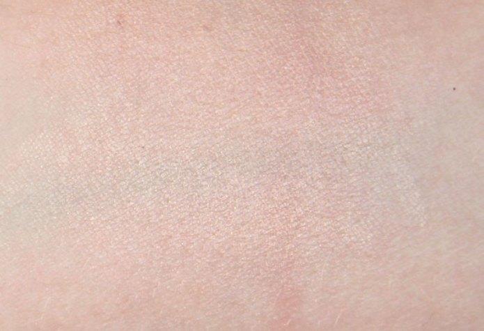 cliomakeup-recensione-strobe-and-cream-contour-palette-kiko-6