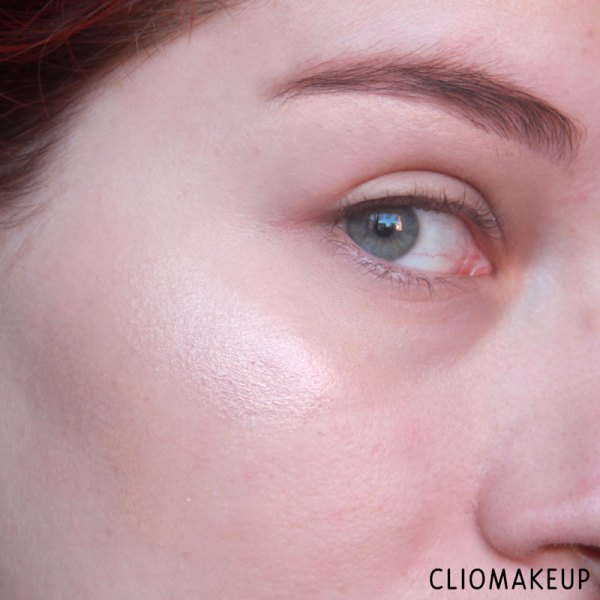 cliomakeup-recensione-strobe-and-cream-contour-palette-kiko-9