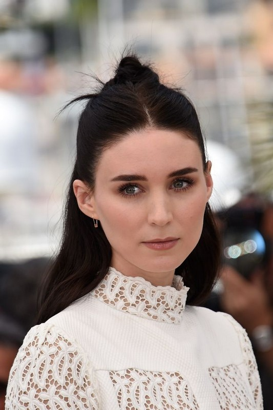 ClioMakeUp-hair-makeover-star-rooney-mara-castana
