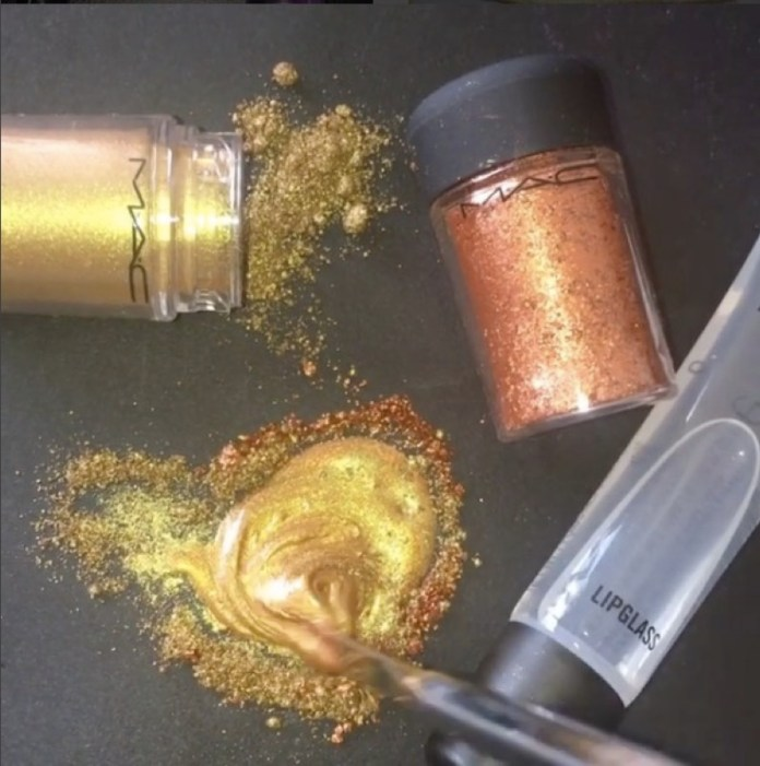 ClioMakeUp-metallico-metallizzato-trucco-makeup-rossetto-labbra-ombretto-smalto-metal-glitter-6