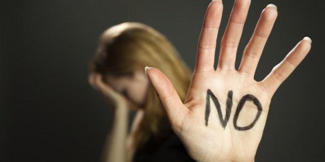 ClioMakeUp-Giornata-contro-la-violenza-sulle-donne-3