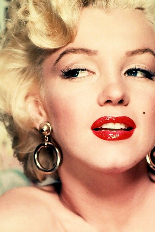ClioMakeUp-Coolspotting-Marilyn-Monroe-5
