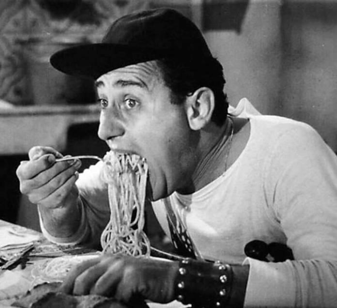ClioMakeUp-dieta-natale-linea-alimentazione-limitare-danni-cenone-pranzo-nutrizionista-4