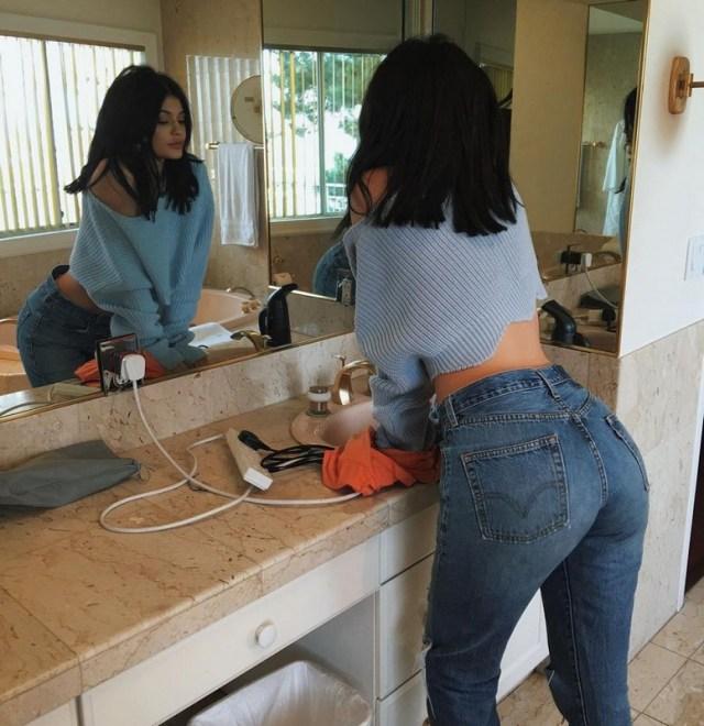 ClioMakeUp-vita-alta-trend-jeans-mom-kylie