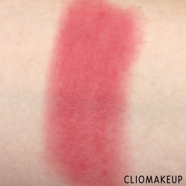 cliomakeup-recensione-rossetti-cushion-powder-lipstick-essence-6