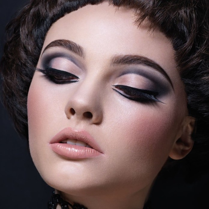 ClioMakeUp-cut-crease-forma-occhio-makeup-illamasqua