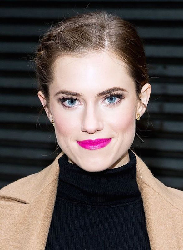 ClioMakeUp-rosa-indiano-look-makeup-outfit-celebrities-allison-williams