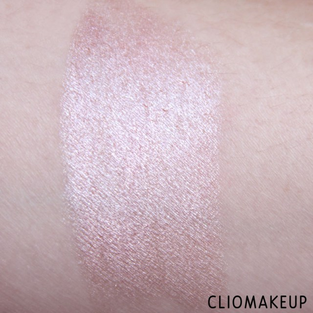 cliomakeup-recensione-we-are-amazing-creamy-eyeshadow-essence-5