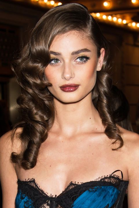 cliomakeup-rossetto-marrone-9-taylor-hill