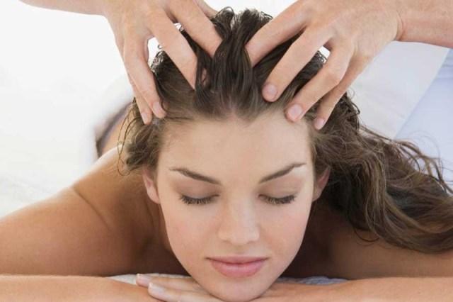 ClioMakeUp-massaggio-cuoio-capelluto-relax