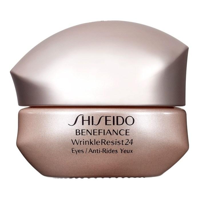 ClioMakeUp-quantità-prodotto-giusta-frutta-crema-occhi-shiseido