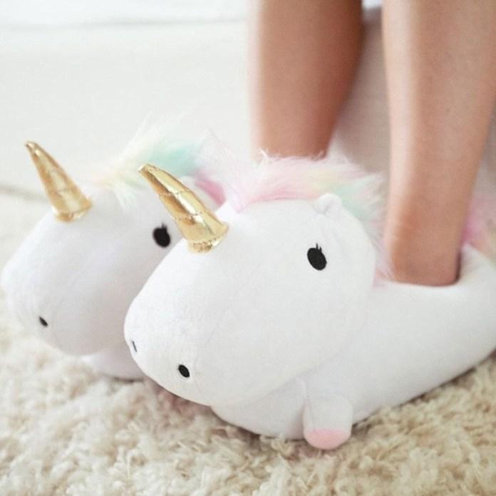 ClioMakeUp-trend-unicorn-mania-unicorni-capelli-acconciature-prodotti-tinte-makeup-illuminanti-accessori-3