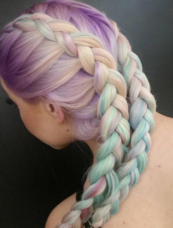 ClioMakeUp-trend-unicorn-mania-unicorni-capelli-acconciature-prodotti-tinte-makeup-illuminanti-accessori-15