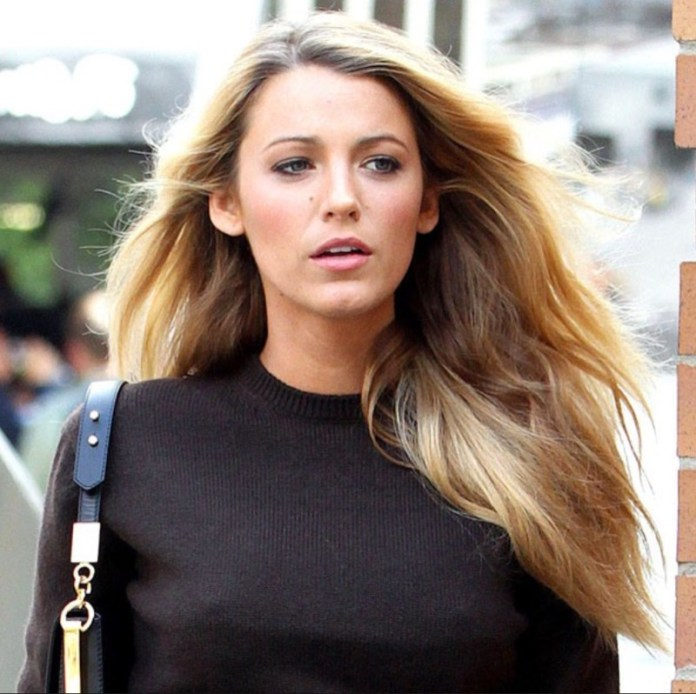 ClioMakeUp-hair-dusting-blake-lively