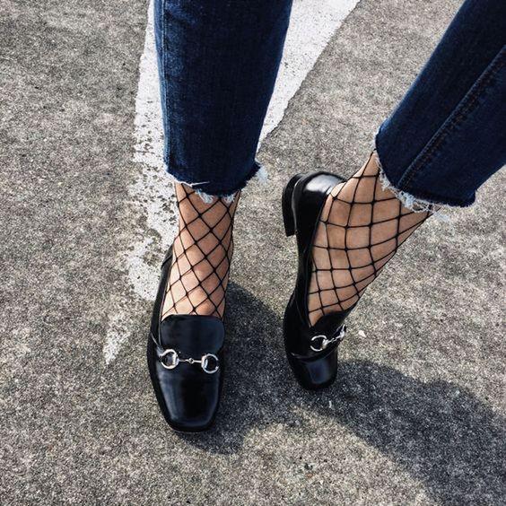 cliomakeup-come-indossare-mocassini-6-calze-rete.jpeg