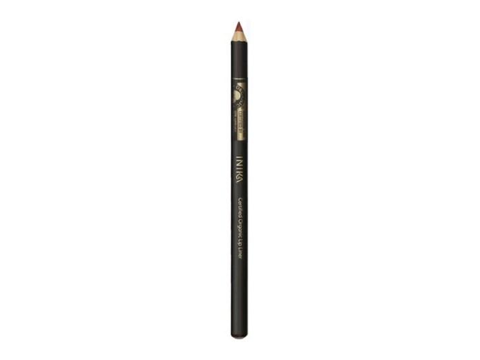 ClioMakeUp-Emma-Watson-prodotti-make-up-beauty-bio-eco-sostenibili-etico-press-tour-beauty-beast-bella-bestia-trucchi.012