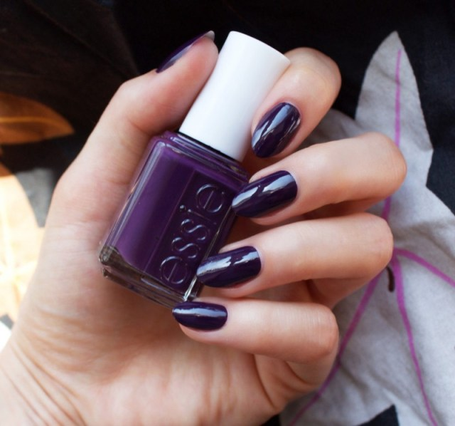 ClioMakeUp-Top-Smalti-Essie-8