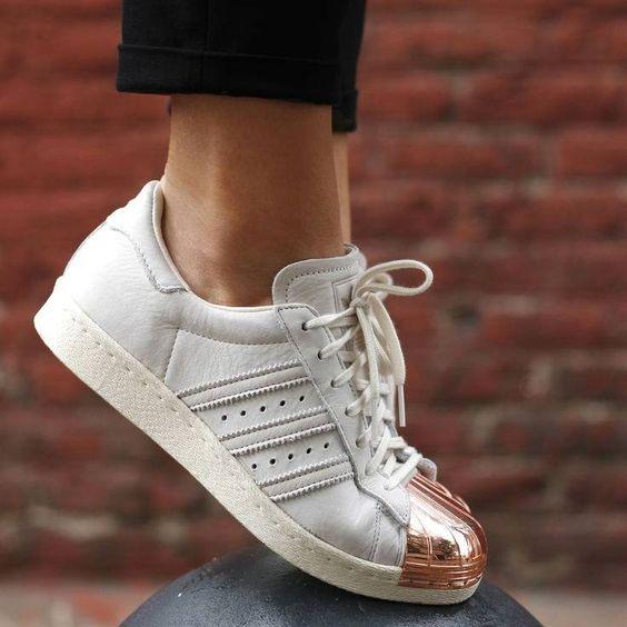 cliomakeup-capi-metallizzati-primavera-9-sneakers