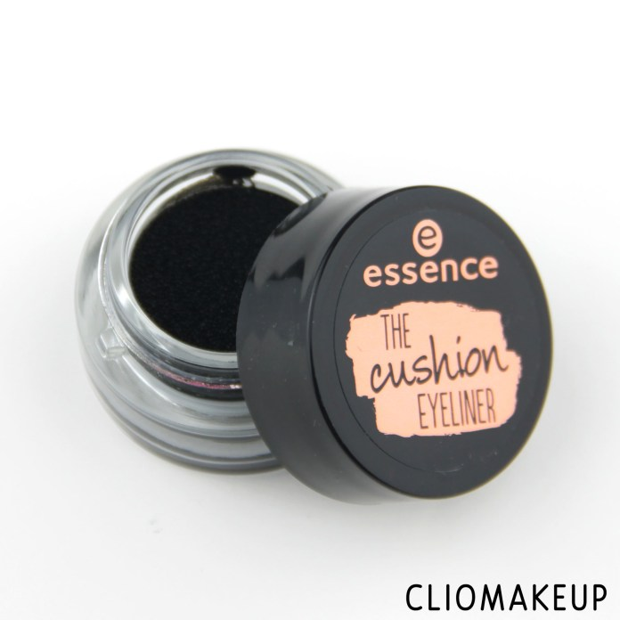 cliomakeup-recensione-eyeliner-the-cushion-eyeliner-essence-1
