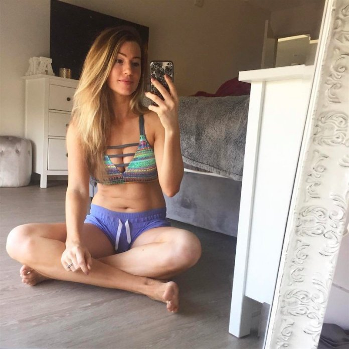 cliomakeup-pose-corpo-selfie-8-pancia