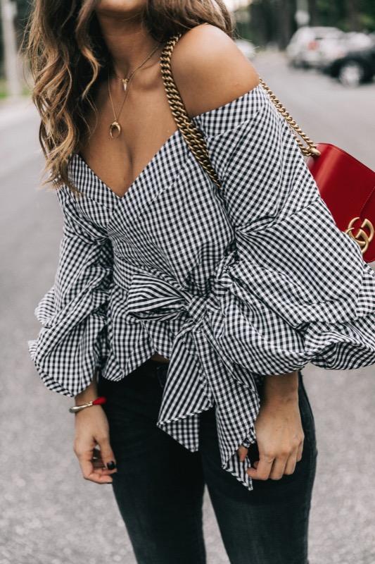 ClioMakeUp-maniche-con-balze-svasate-trend-primavera-estate-2017-outfit-idee-abbigliamento-18