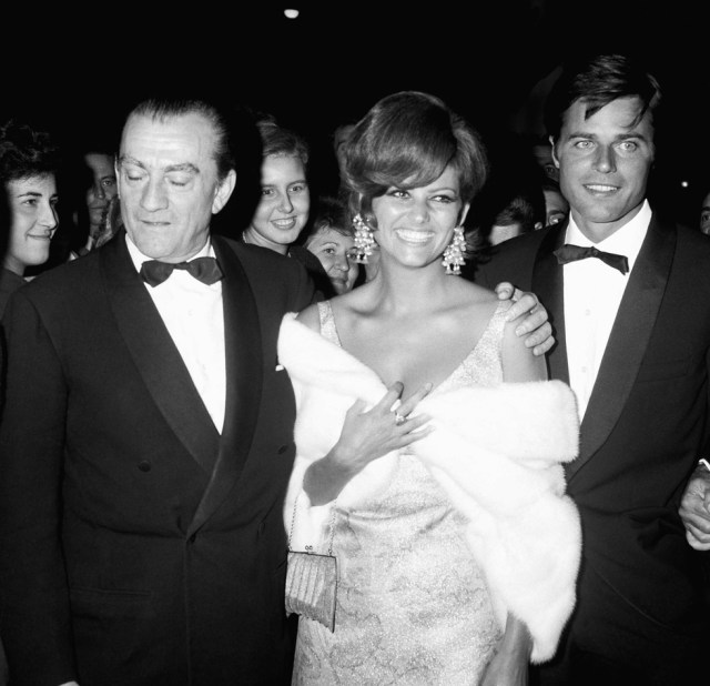 Cliomakeup-claudia-cardinale-photoshop-cannes (6)