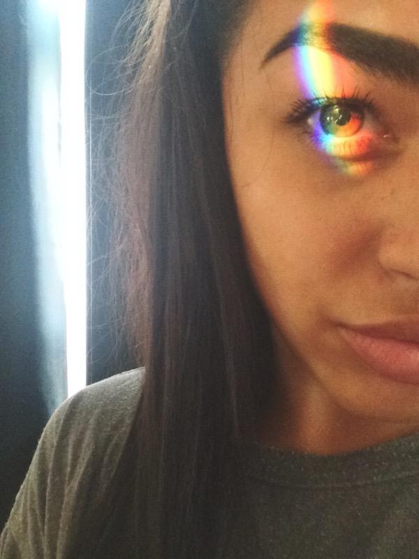 ClioMakeUp-selfie-rainbow-foto-perfetta-autoscatto-cliomakeup-filtro-arcobaleno-13