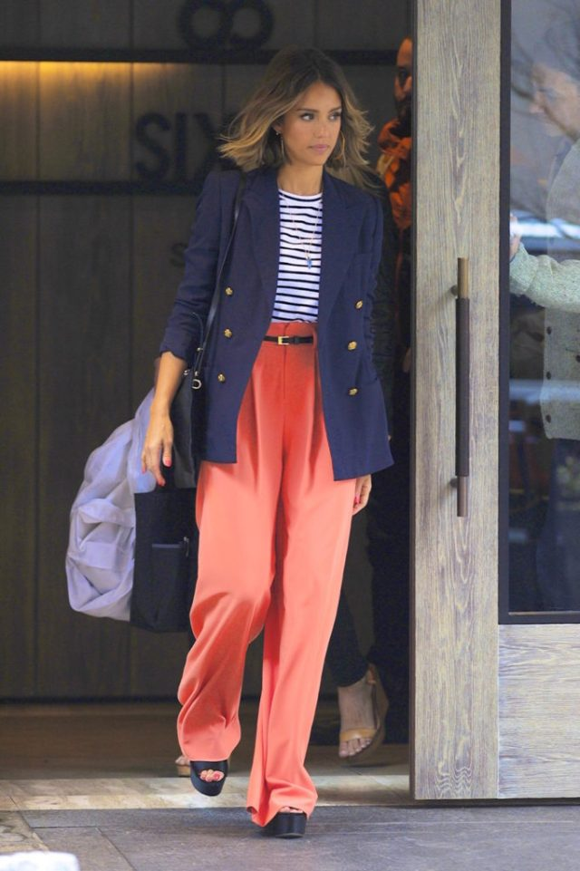 ClioMakeUp-abbigliamento-sera-giorno-look-outfit-makeup-trousse-ritocco-13.jpg