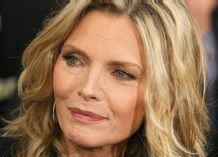 cliomakeup-trucco-effetto-lifting-19-michelle-pfeiffer